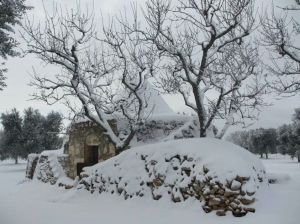 Trullo in the snow