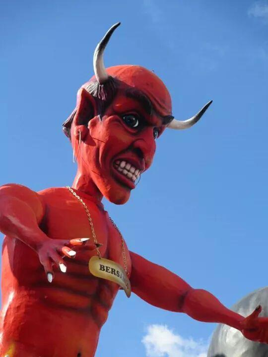 The Devil Politician at Putignano Carnival 2015