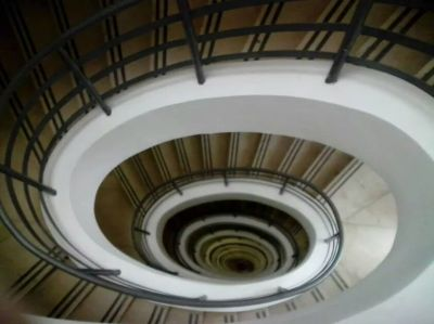 Spiral staircase from the top of the monument