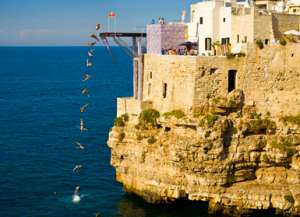 Red Bull Cliff Diving. Polignano a mare