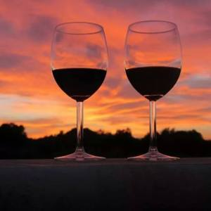 TRed wine and red sky.