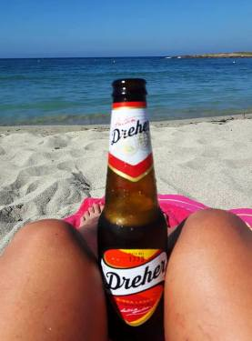 Ice cold beer from Drink House. Relaxing at the beach1
