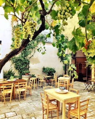 Courtyard at Giudamino