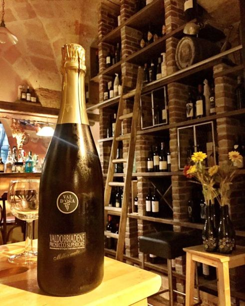 Giudamino Wine Shop and Bar Mesagne