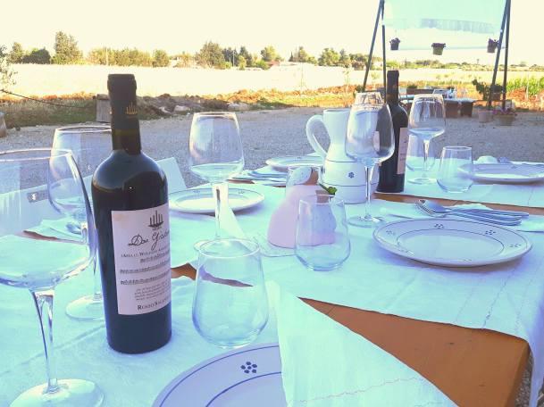 Table set for apricena_dinner