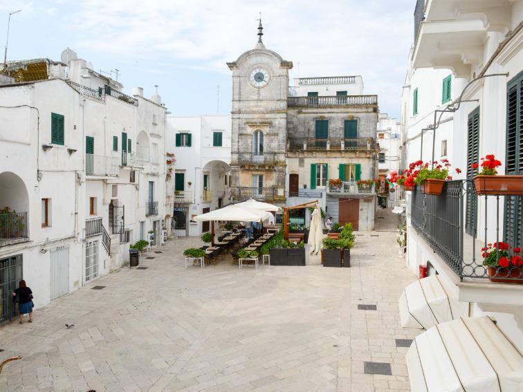 Cisternino Piazza Puglian Pleasures