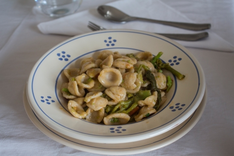 Orecchiette con cime di rape (A very traditional dish in Puglia)